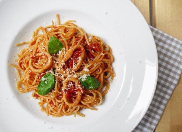 tintahalas spagetti